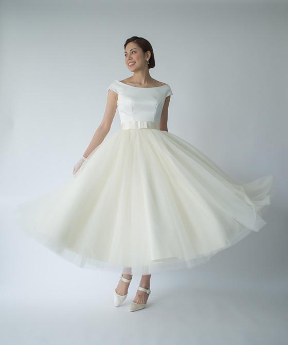 フレンチくるぶし丈ドレス