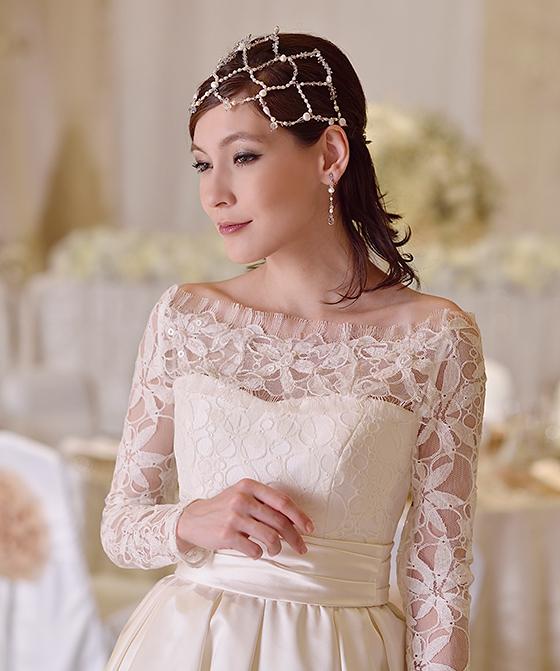 オフショルダーリバーレースドレス