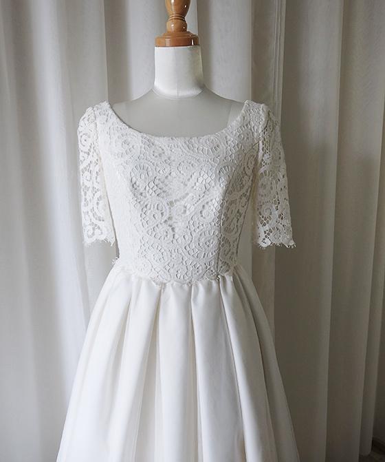 ラウンドネック半袖 タックギャザードレス